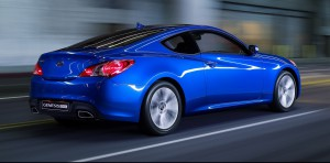 2010-Hyundai-Genesis-Coupe-widescreen-03